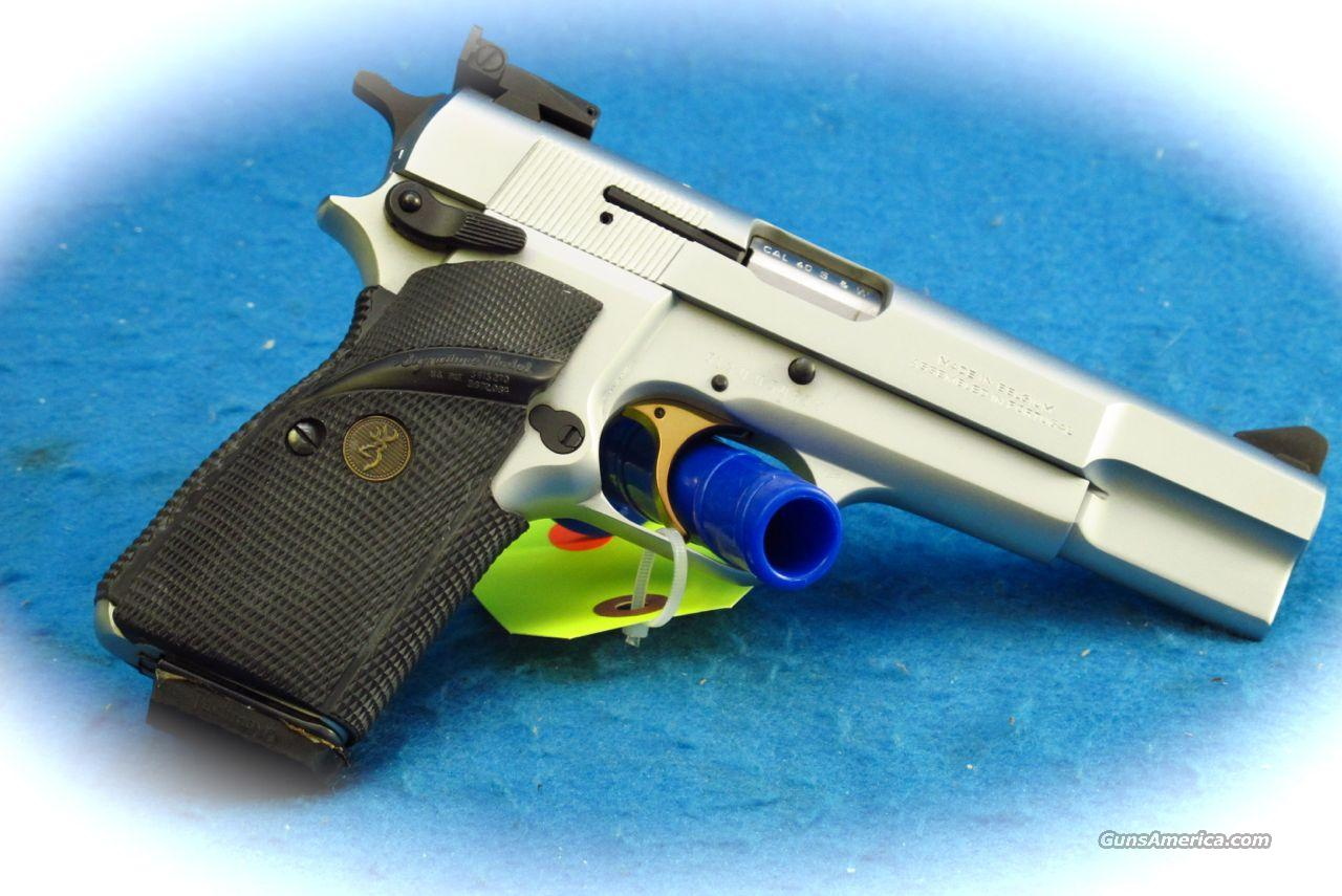 Browning Hi-Power .40 S&W Cal Silver Chrome Finish **Used**  Guns > Pistols > Browning Pistols > Hi Power