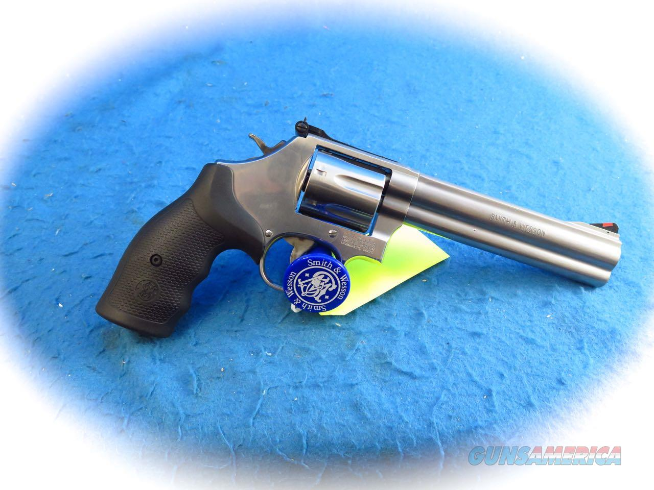 Smith & Wesson Model 686 Plus .357 Mag 7 Shot Revolver SS SKU 164198 **New**  Guns > Pistols > Smith & Wesson Revolvers > Med. Frame ( K/L )