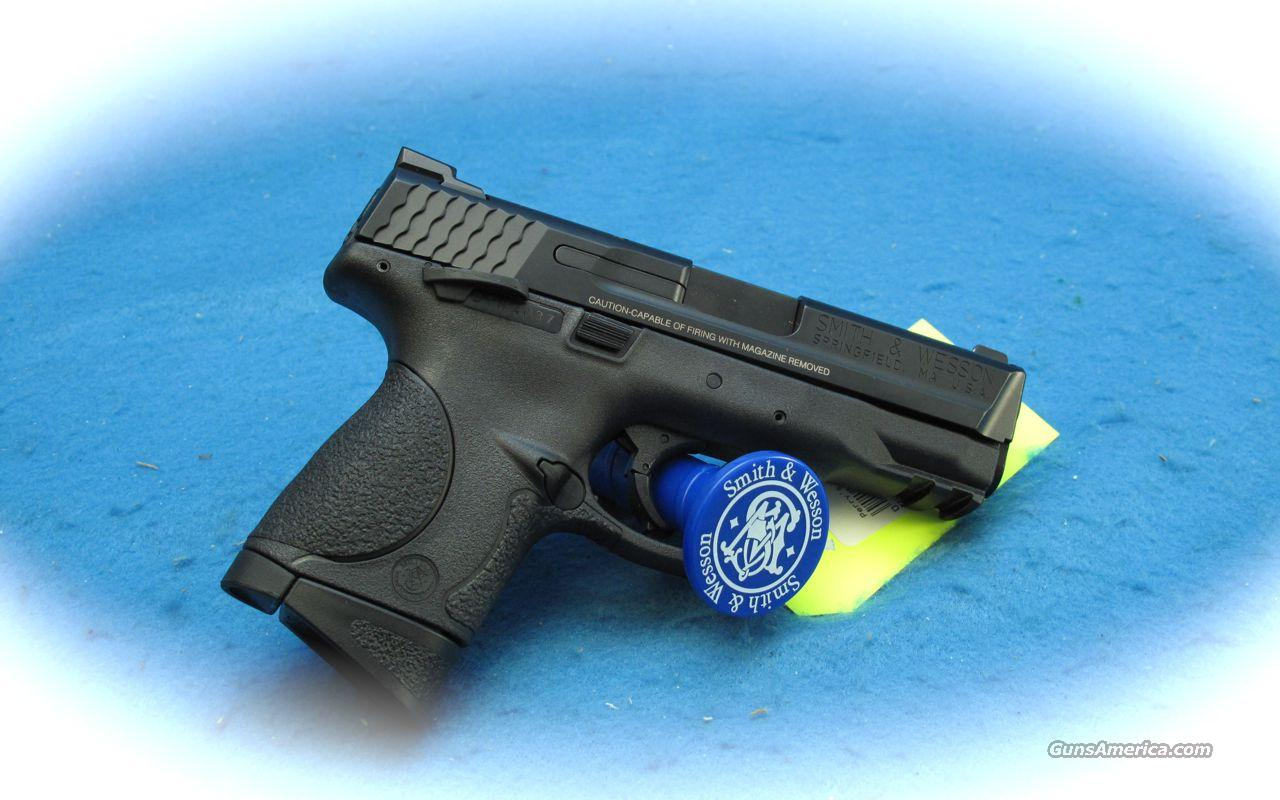 Smith & Wesson M&P 9C 9mm Compact Pistol **NEW**  Guns > Pistols > Smith & Wesson Pistols - Autos > Polymer Frame