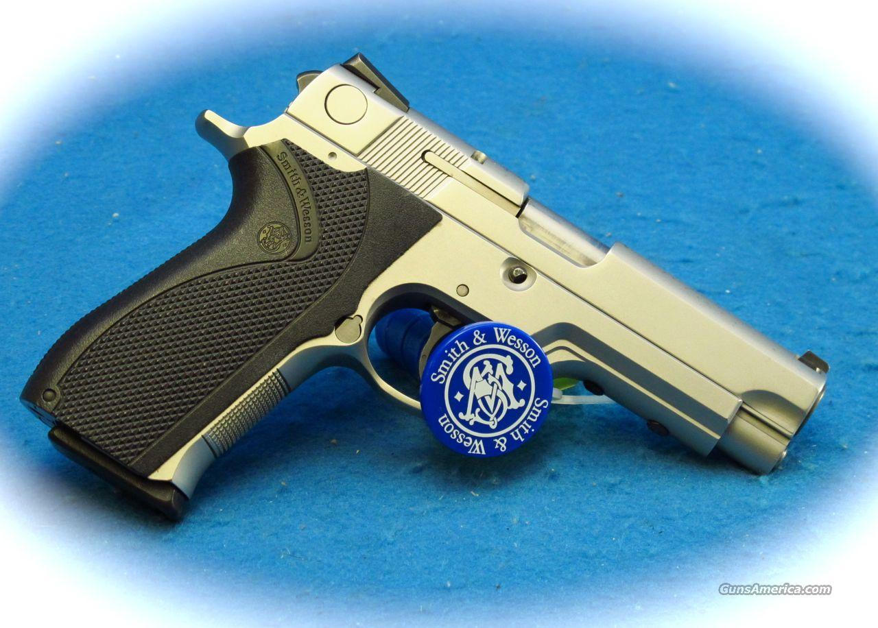 Smith & Wesson Model 5946TSW 9mm Pistol **Used**  Guns > Pistols > Smith & Wesson Pistols - Autos > Steel Frame