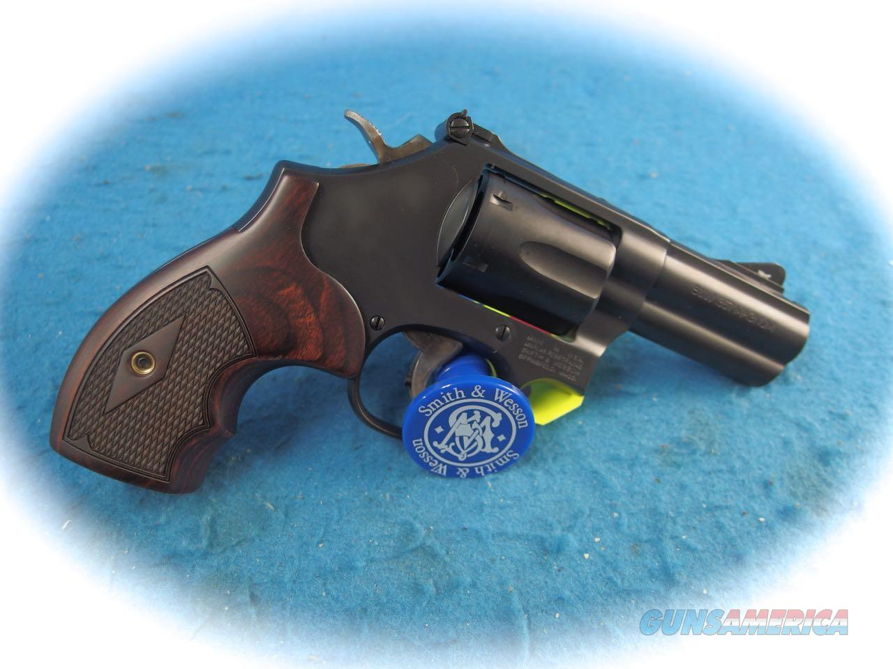 Smith & Wesson PC Model 19 Carry Comp .357 Mag Revolver Model 12039 **New**  Guns > Pistols > Smith & Wesson Revolvers > Med. Frame ( K/L )