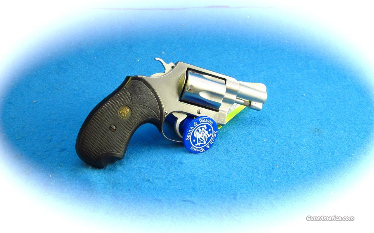 Smith & Wesson Model 60 SS 38 Special Revolver **Used**  Guns > Pistols > Smith & Wesson Revolvers > Pocket Pistols