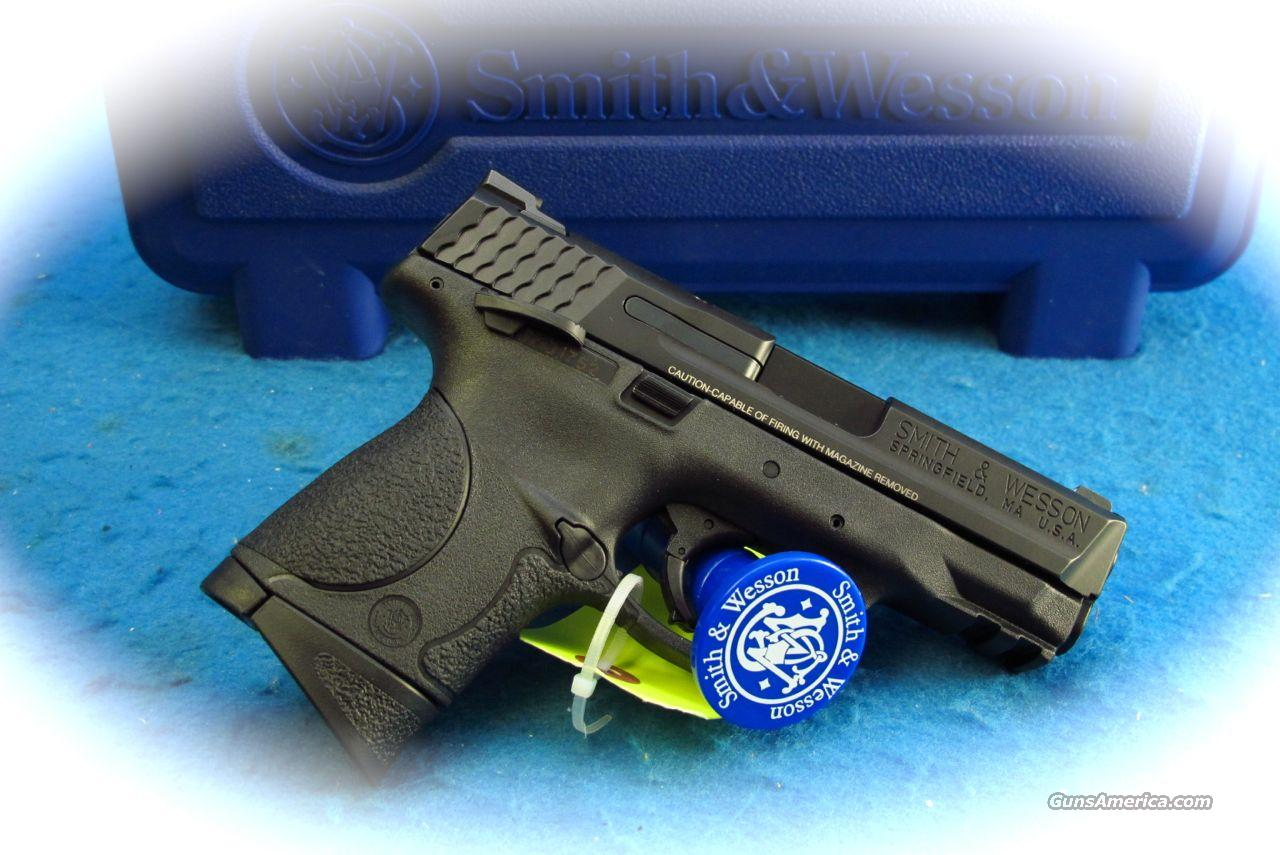 Smith & Wesson M&P9C 9mm Pistol w/ Thumb Safety **New**  Guns > Pistols > Smith & Wesson Pistols - Autos > Polymer Frame