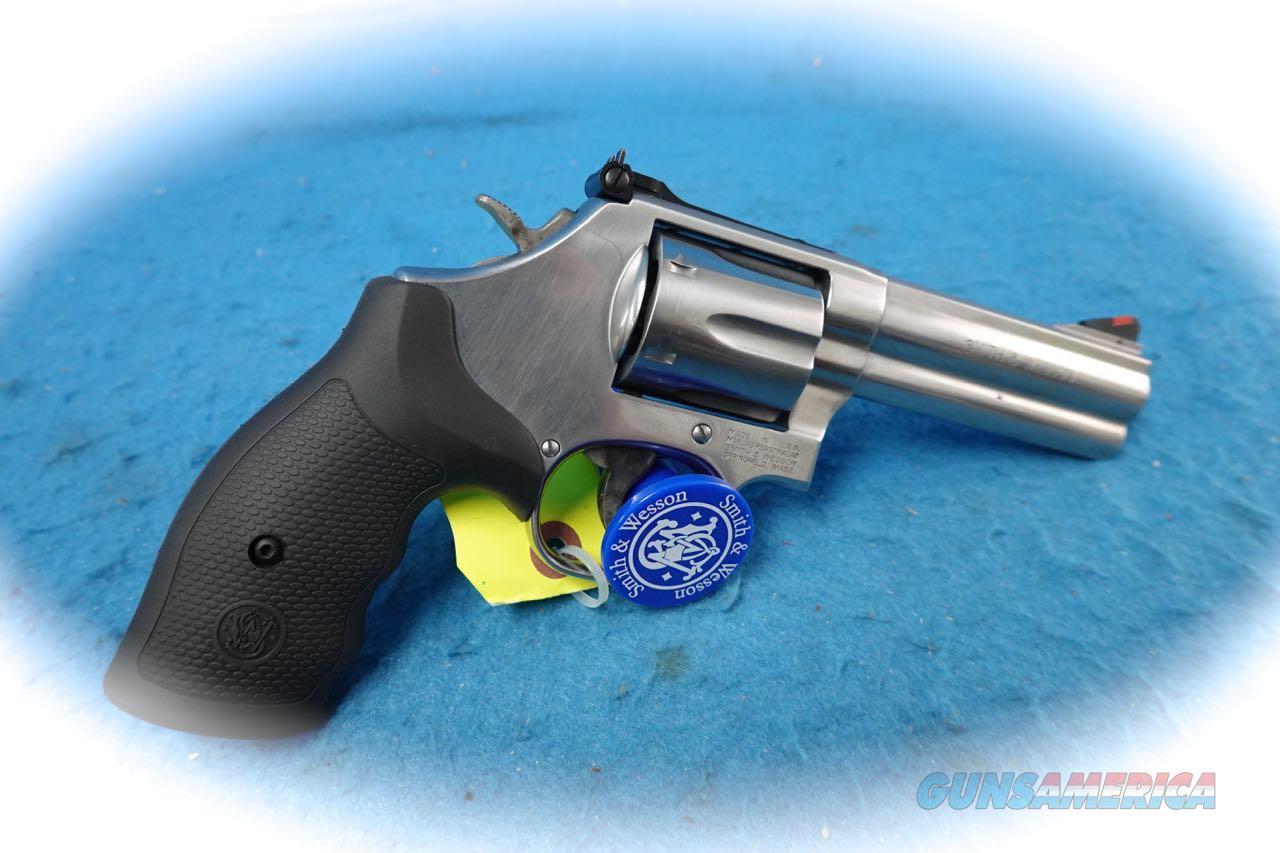 Smith & Wesson Model 686 SS .357 Mag Revolver **New**  Guns > Pistols > Smith & Wesson Revolvers > Med. Frame ( K/L )