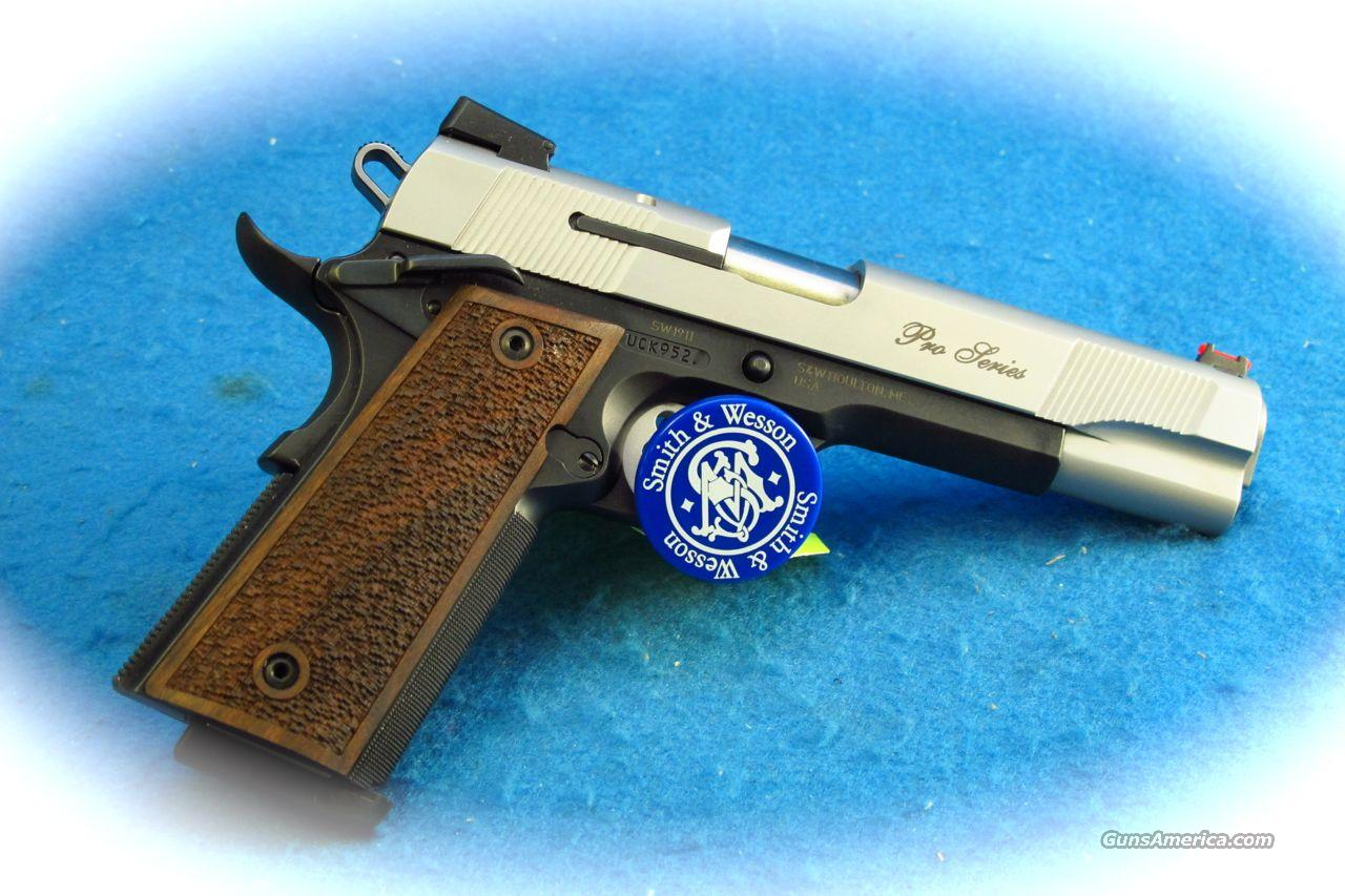 Smith & Wesson 1911 45ACP Pro Series Pistol **New**  Guns > Pistols > Smith & Wesson Pistols - Autos > Steel Frame