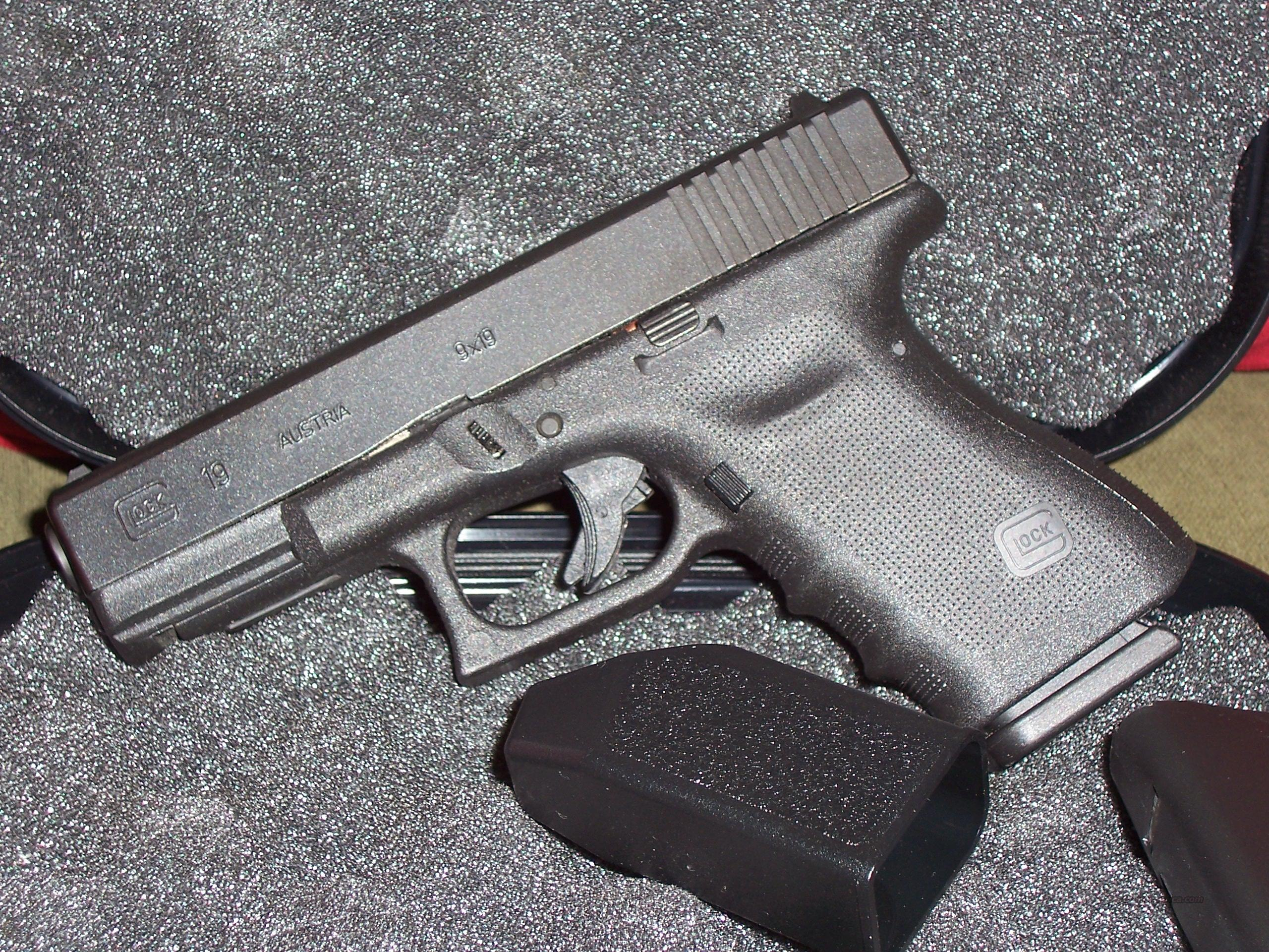 GLOCK MODEL 19  9X19 mm  Guns > Pistols > Glock Pistols > 19