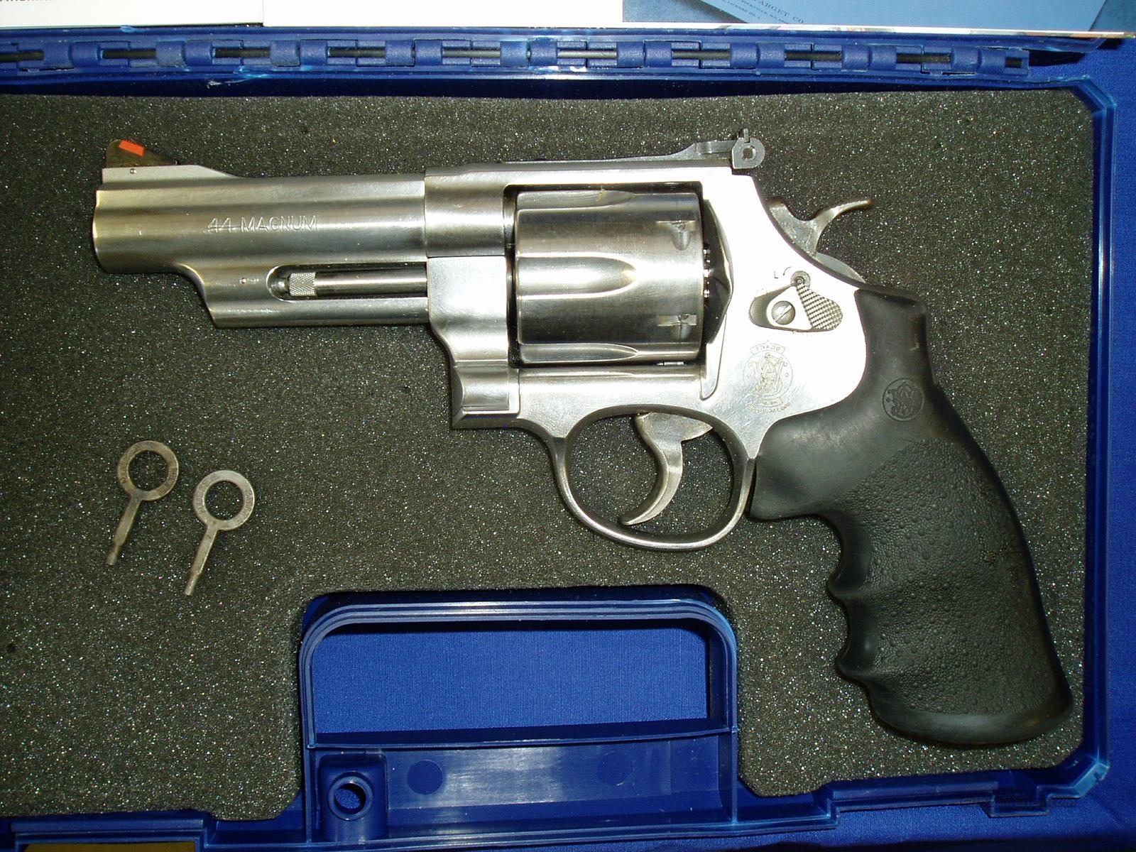 Smith & Wesson 629-6 w/ Holster and Speed Loader  Guns > Pistols > Smith & Wesson Revolvers > Model 629