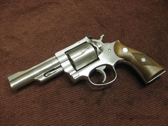 RUGER SECURITY-SIX .357 MAGNUM - 4-INCH - MADE 1977 - EXCELLENT  Guns > Pistols > Ruger Double Action Revolver > Security Six Type