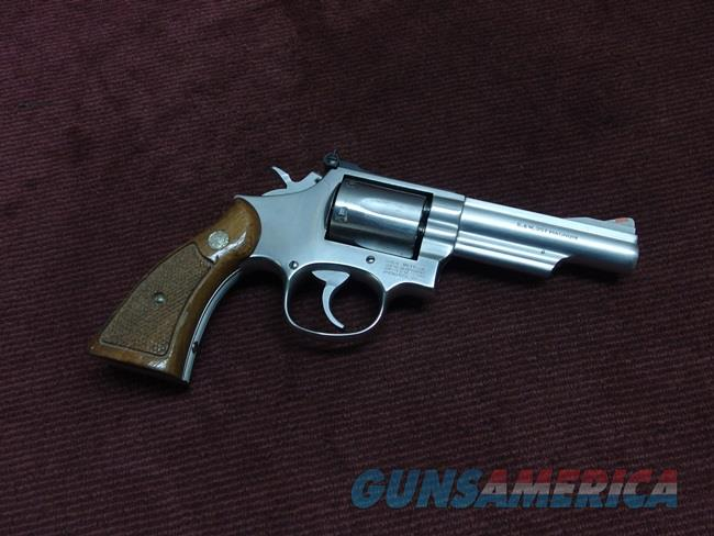 SMITH & WESSON MODEL 66-2 - .357 MAGNUM - 4-INCH - STAINLESS - EXCELLENT  Guns > Pistols > Smith & Wesson Revolvers > Med. Frame ( K/L )