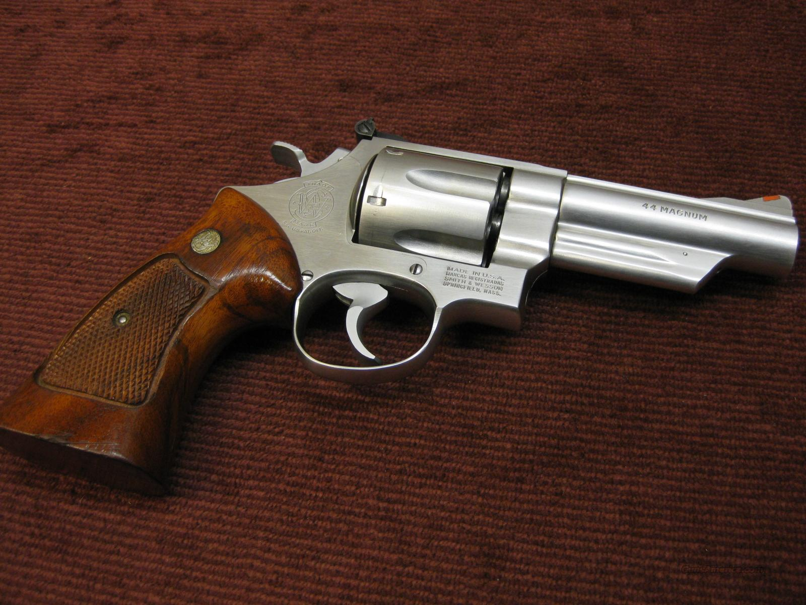 SMITH & WESSON 629-1  .44 MAGNUM - 4-INCH BARREL - EXCELLENT !  Guns > Pistols > Smith & Wesson Revolvers > Model 629