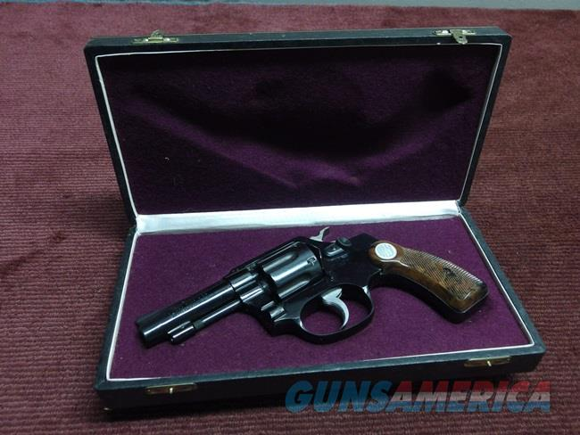 VINTAGE ROSSI MODEL 69  .32 S&W LONG - 3-INCH - NEAR MINT WITH FACTORY CASE  Guns > Pistols > Rossi Revolvers