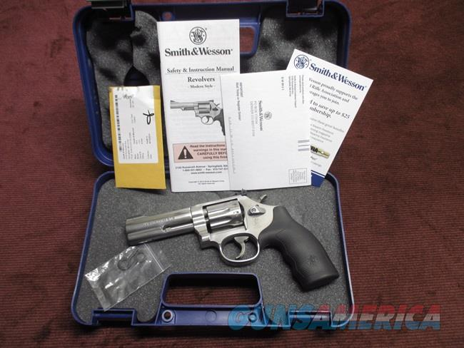 SMITH & WESSON 617-6 .22LR - 4-INCH - 10-SHOT - MINT IN BOX WITH PAPERS  Guns > Pistols > Smith & Wesson Revolvers > Full Frame Revolver