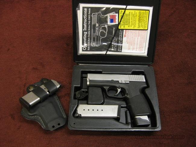 KAHR P40 .40CAL. WITH 3 MAGS, HOLSTER & UPGRADES - NEAR NEW IN BOX  Guns > Pistols > Kahr Pistols