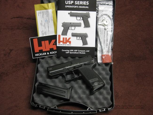 H&K USP COMPACT 9MM - VARIANT 1 - AS NEW IN BOX - TWO 13-RND MAGS  Guns > Pistols > Heckler & Koch Pistols > Polymer Frame
