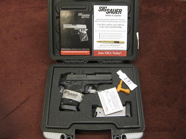 SIG SAUER P938 9MM - ULTRA COMPACT - NIGHT SIGHTS - TWO EXTENDED MAGAZINES - AS NEW IN BOX  Guns > Pistols > Sig - Sauer/Sigarms Pistols > Other