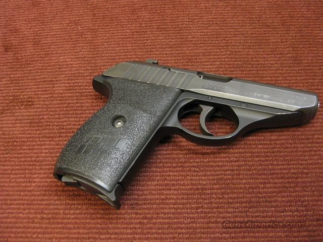 SIG SAUER 232 .380ACP - BLUED FINISH - EXCELLENT !  Guns > Pistols > Sig - Sauer/Sigarms Pistols > Other