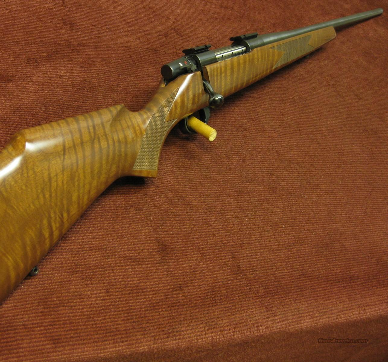 WEATHERBY VANGUARD 7MM REM. MAG. - XX FANCY STOCK - NEAR NEW !  Guns > Rifles > Weatherby Rifles > Sporting