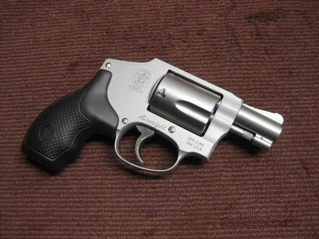 SMITH & WESSON MODEL 642-2 .38SPL. +P RATED - MINT  Guns > Pistols > Smith & Wesson Revolvers > Pocket Pistols