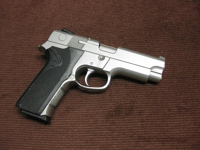 SMITH & WESSON 4046 .40 S&W - EXCELLENT  Guns > Pistols > Smith & Wesson Pistols - Autos > Steel Frame