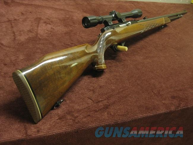 WEATHERBY MARK XXII .22LR - TUBE FED - WITH FACTORY SCOPE -  NEAR MINT  Guns > Rifles > Weatherby Rifles > Sporting