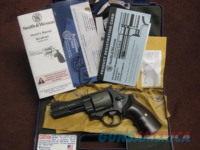 SMITH & WESSON 329 PD .44 MAGNUM - 4-INCH - NEAR MINT IN BOX  Guns > Pistols > Smith & Wesson Revolvers > Full Frame Revolver