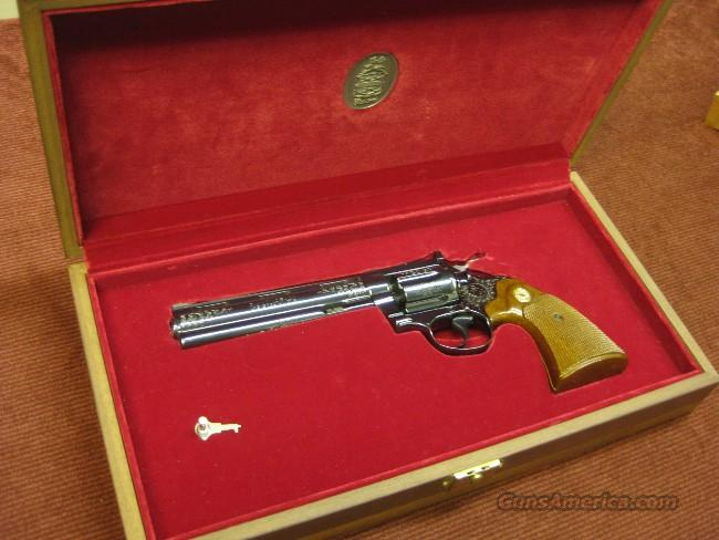 COLT DIAMONDBACK .38SPL. CUSTOM SHOP ENGRAVED - NEW IN DISPLAY CASE!  Guns > Pistols > Colt Double Action Revolvers- Modern