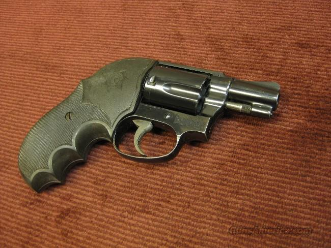 SMITH & WESSON MODEL 36 .38SPL. 1960'S VINTAGE ROUND BUTT - PINNED BARREL - EXCELLENT !  Guns > Pistols > Smith & Wesson Revolvers > Pocket Pistols