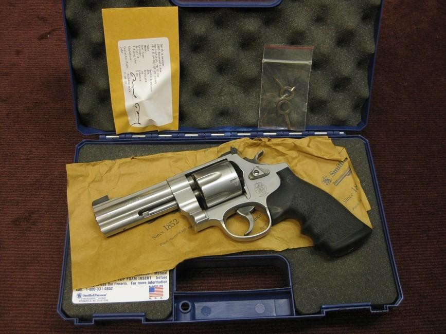 SMITH & WESSON 625-8 .45ACP 4-INCH - NEAR MINT IN BOX  Guns > Pistols > Smith & Wesson Revolvers > Full Frame Revolver