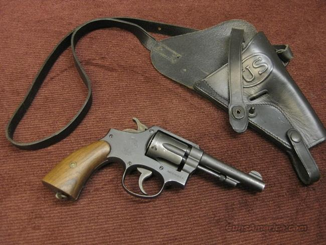 SMITH & WESSON VICTORY .38SPL - FLAMING BOMB - WWII - WITH SHOULDER HOLSTER RIG - EXCELLENT  Guns > Pistols > Smith & Wesson Revolvers > Pre-1945