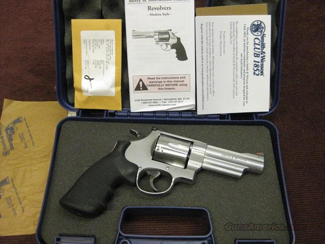 SMITH & WESSON 629 .44 MAGNUM - 4-INCH - MINT IN BOX   Guns > Pistols > Smith & Wesson Revolvers > Model 629