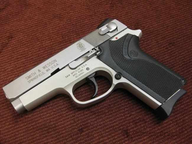 SMITH & WESSON 908S 9MM - EXCELLENT  Guns > Pistols > Smith & Wesson Pistols - Autos > Steel Frame