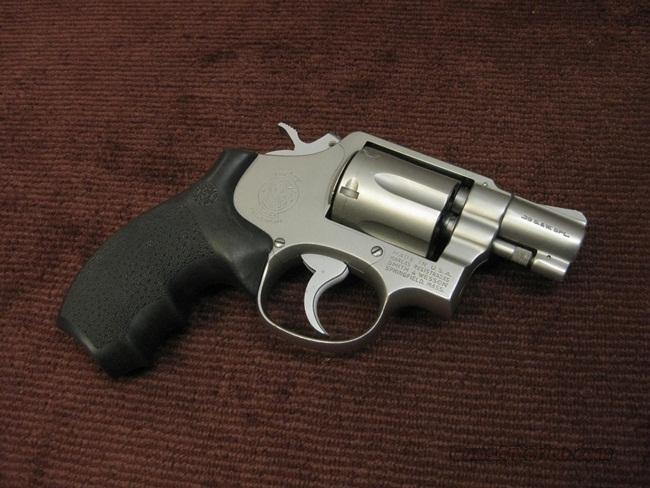 SMITH & WESSON 64-2 .38SPL. SNUBBIE - ROUND BUTT - MINT !  Guns > Pistols > Smith & Wesson Revolvers > Full Frame Revolver