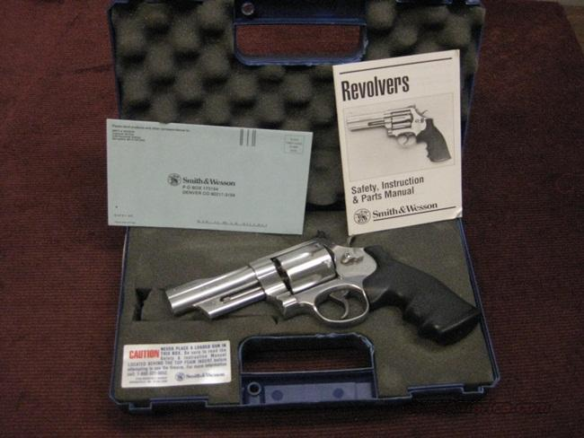 SMITH & WESSON 629-4 .44 MAGNUM MOUNTAIN GUN - PRE-LOCK - NEAR MINT IN BOX  Guns > Pistols > Smith & Wesson Revolvers > Model 629