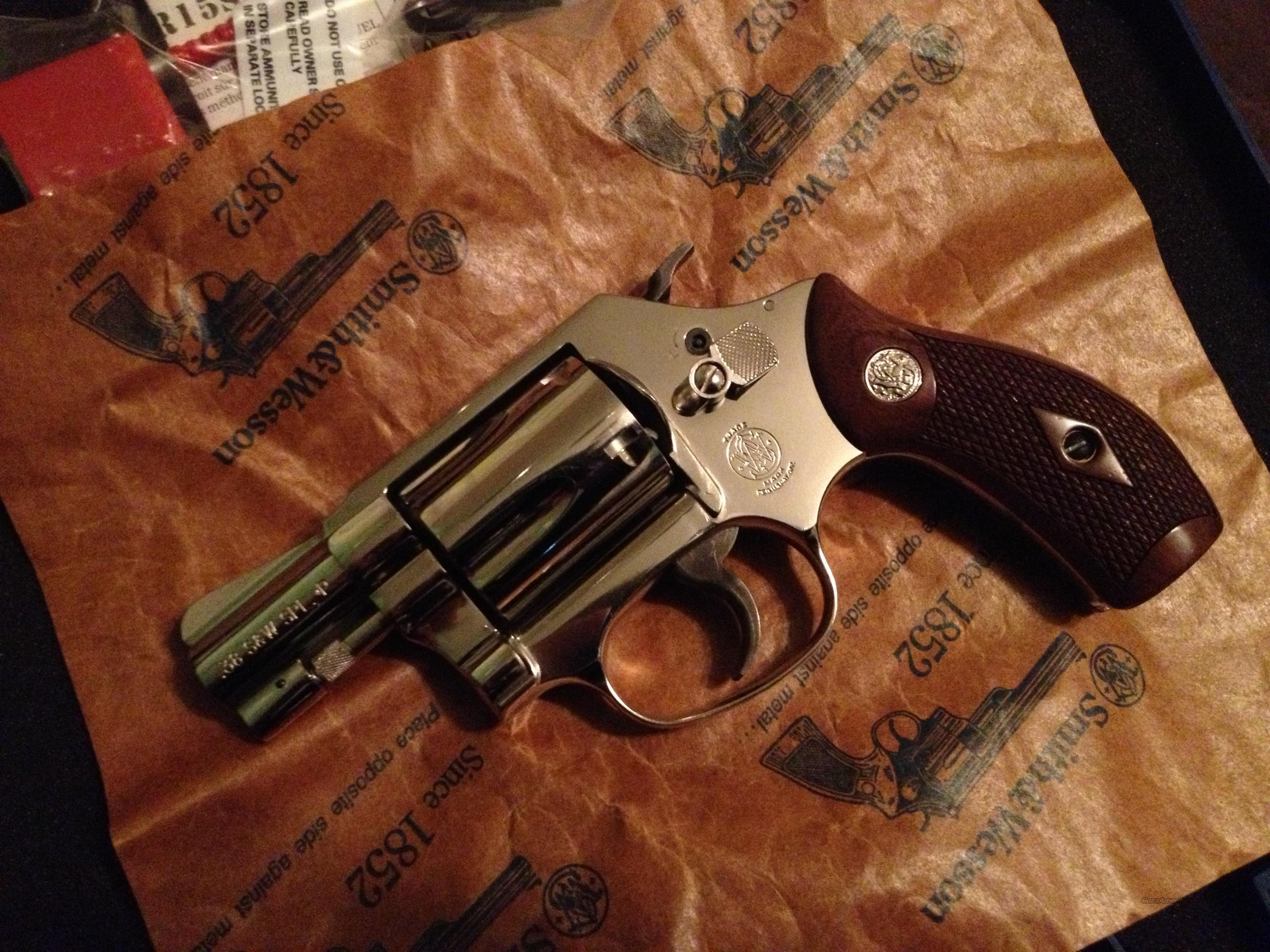 S&W Model 36 .38 Special +p stainless steel frame  Guns > Pistols > Smith & Wesson Revolvers > Pocket Pistols