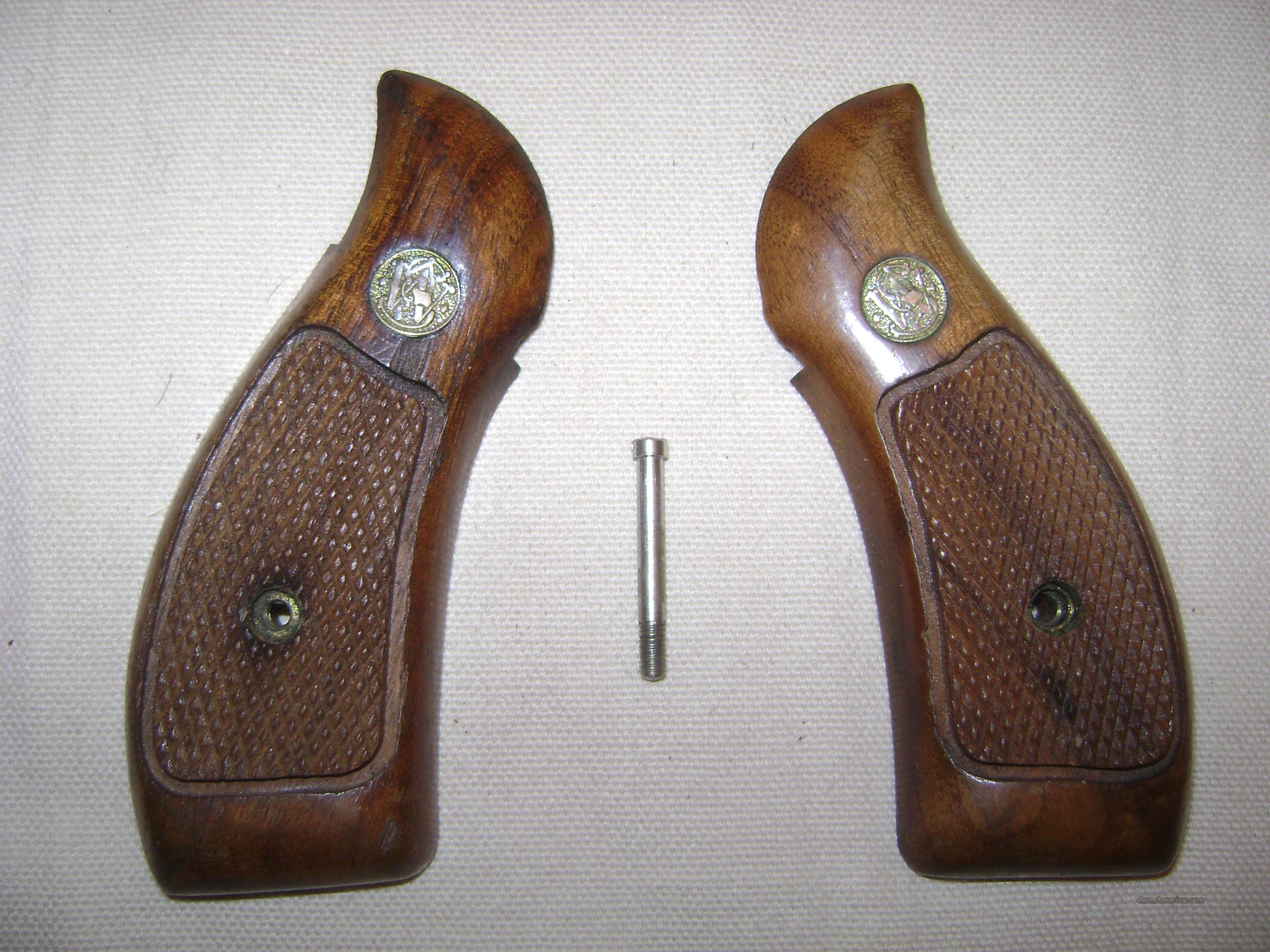 S&W K and L frame round butt magna grips  Non-Guns > Gun Parts > Grips > Other