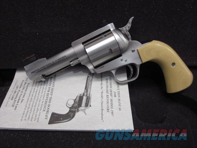 "Freedom Arms Model 97 Premier .41 Mag 3 1/2"" Packer Style Round Butt  Guns > Pistols > Freedom Arms Pistols"