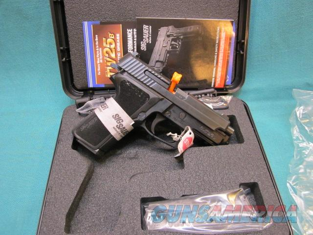 Sig Sauer P229 .40 S&W New with (2) 12 rd. mags   Guns > Pistols > Sig - Sauer/Sigarms Pistols > P229