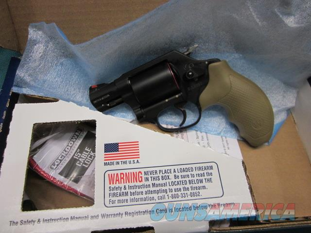 Smith & Wesson Model 360 .357 Mag. UNFLUTED New in box  Guns > Pistols > Smith & Wesson Revolvers > Small Frame ( J )