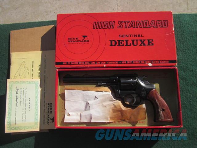 High Standard Sentinel Deluxe  Guns > Pistols > High Standard Pistols
