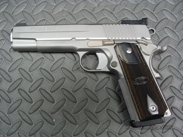 Sig Stainless Target 1911 45ACP Night Sights  Guns > Pistols > Sig - Sauer/Sigarms Pistols > 1911