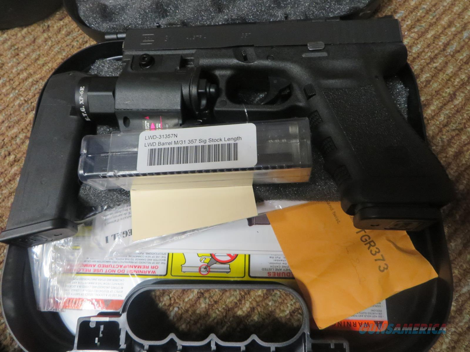 GLOCK 31 *WITH HOLSTER/ORIGINAL BOX/1 EXTRA MAGAZINE/1 EXTRA BARREL/NIGHT SIGHTS*  Guns > Pistols > Glock Pistols > 31/32/33