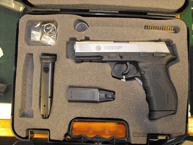TAURUS MODEL 845  Guns > Pistols > Taurus Pistols/Revolvers > Pistols > Polymer Frame