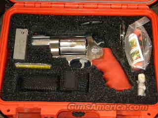 500 Smith & Wesson Emergency Survival Kit  Guns > Pistols > Smith & Wesson Revolvers > Full Frame Revolver