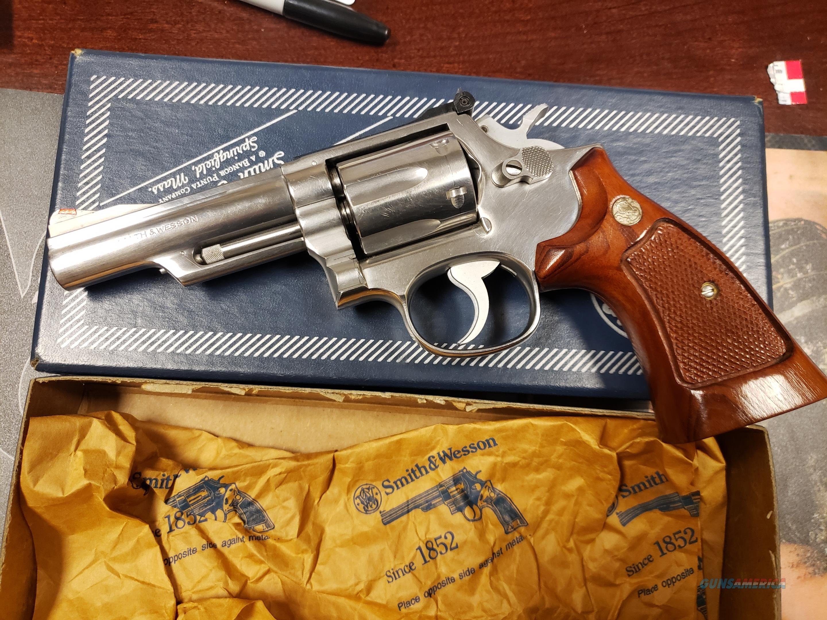 Smith Wesson Model 66 No Dash Combat Magnum Stainless  Guns > Pistols > Smith & Wesson Revolvers > Med. Frame ( K/L )
