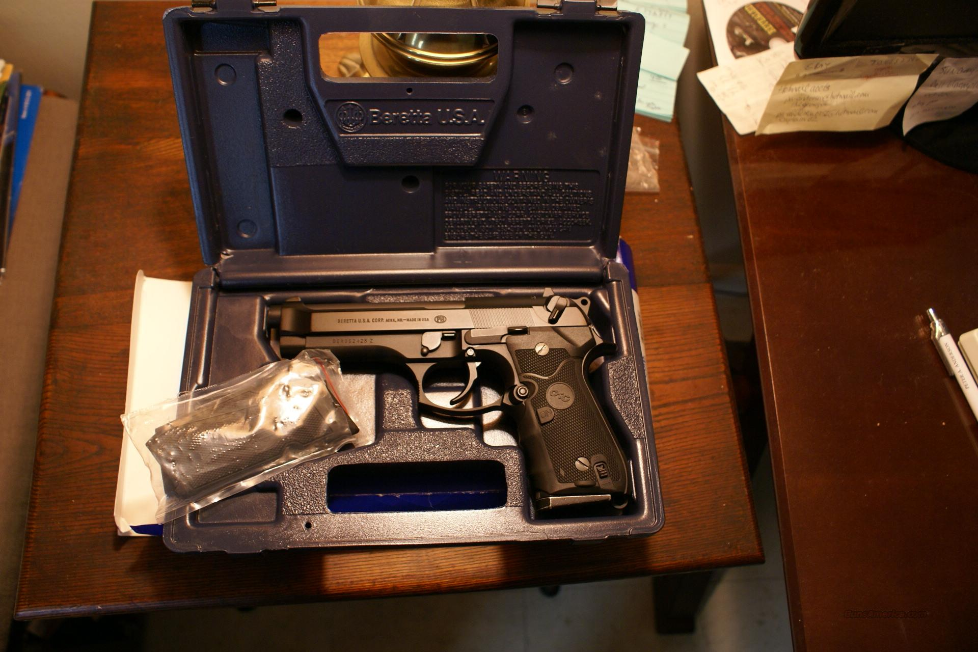 BERETTA 92FS 9MM 15RND PRICED TO SELL  Guns > Pistols > Beretta Pistols > Model 92 Series