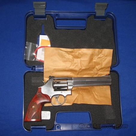 S&W Model 686 Deluxe .357 Magnum Revolver TALO Edition  Guns > Pistols > Smith & Wesson Revolvers > Full Frame Revolver