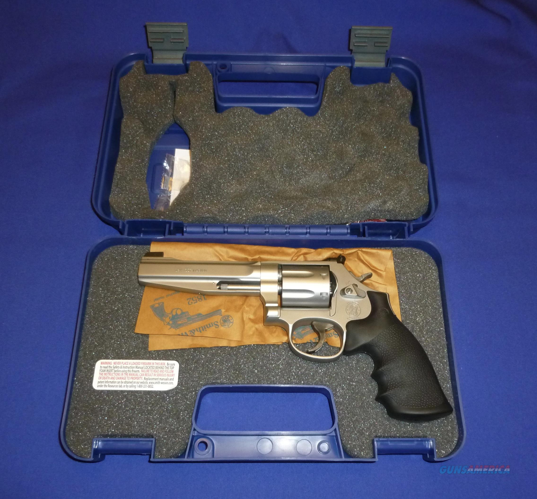 SMITH & WESSON 686 PLUS PRO SERIES 357 MAGNUM REVOLVER NEW!  Guns > Pistols > Smith & Wesson Revolvers > Med. Frame ( K/L )