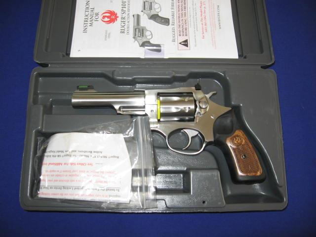 Ruger SP101 22LR Double Action Revolver  Guns > Pistols > Ruger Double Action Revolver > SP101 Type