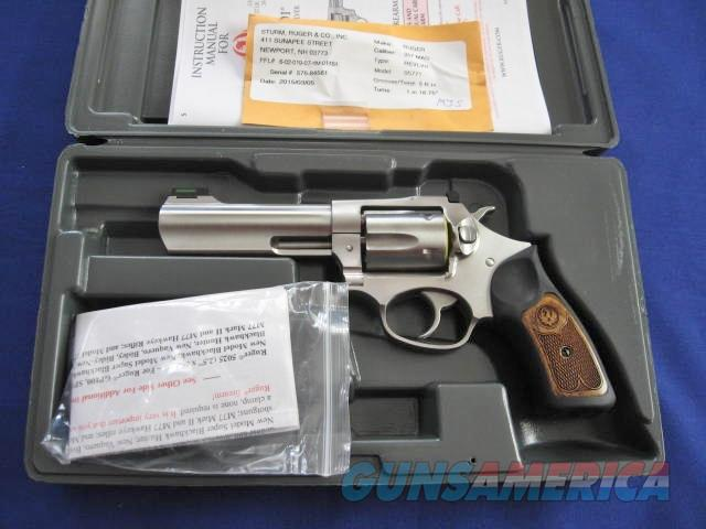 Ruger SP101 357 Magnum Double Action Revolver  Guns > Pistols > Ruger Double Action Revolver > SP101 Type