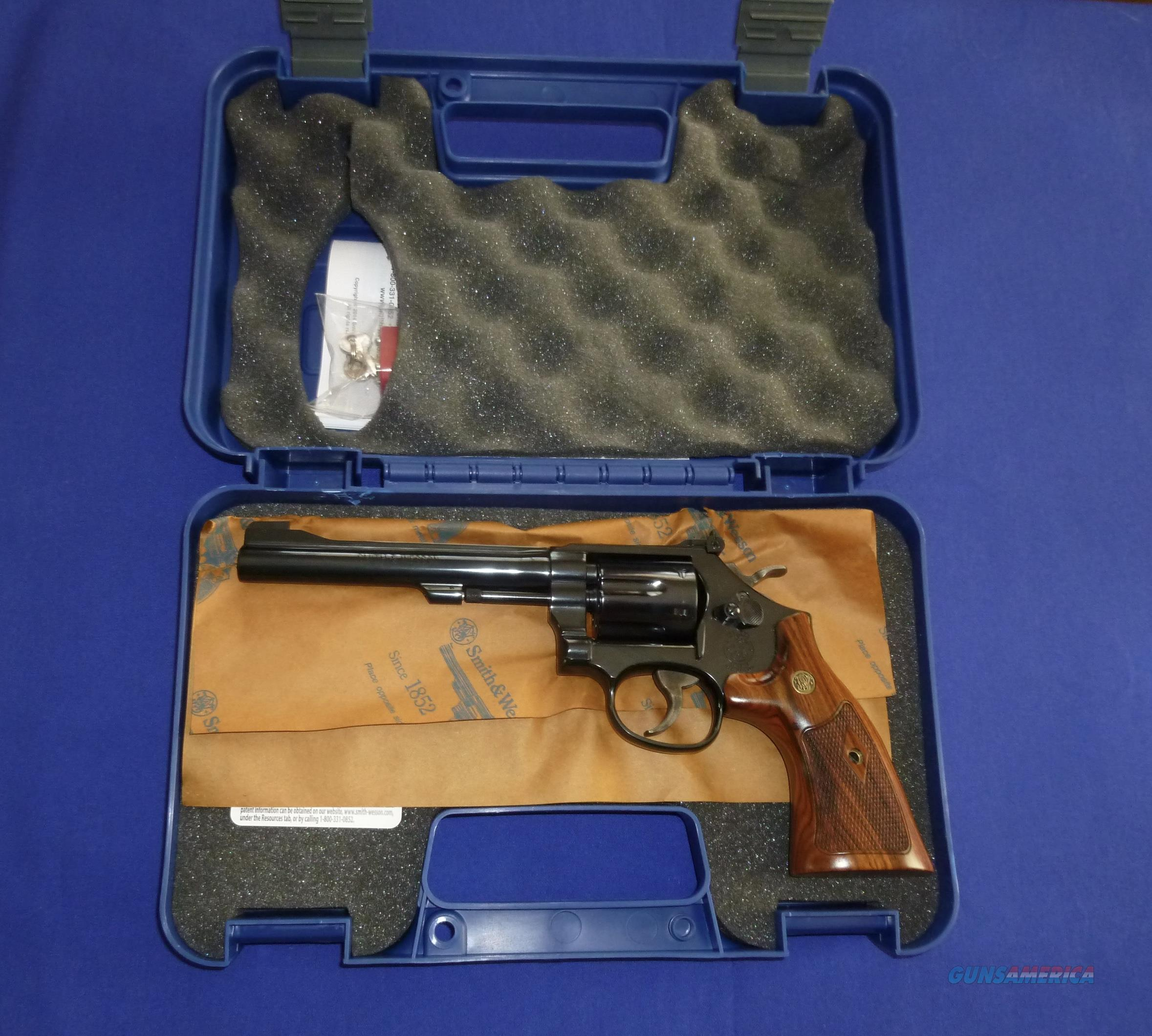 CLEARANCE! SMITH & WESSON MODEL 48 CLASSIC 22 MAGNUM REVOLVER  Guns > Pistols > Smith & Wesson Revolvers > Med. Frame ( K/L )
